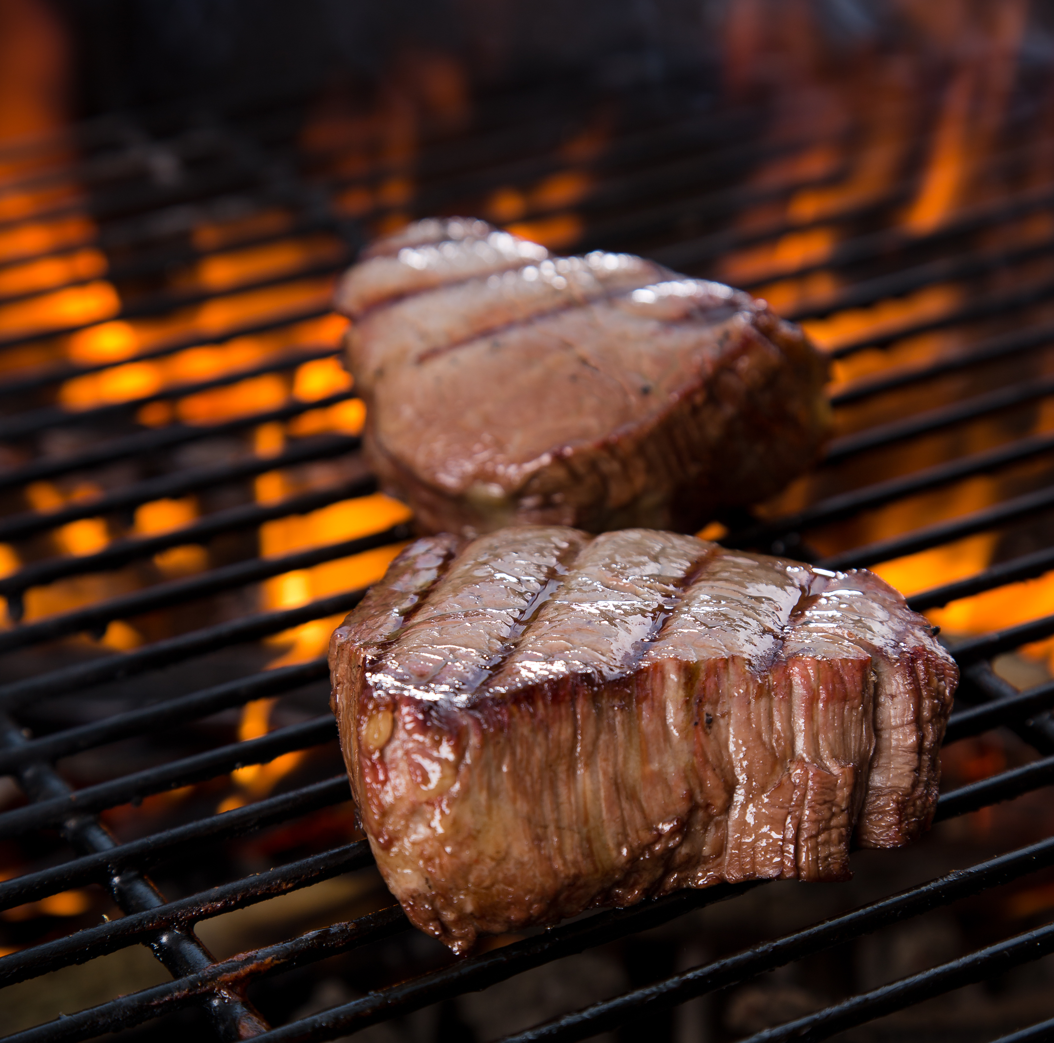 Get Your Grill On How To Grill The Perfect Steak Hrscene