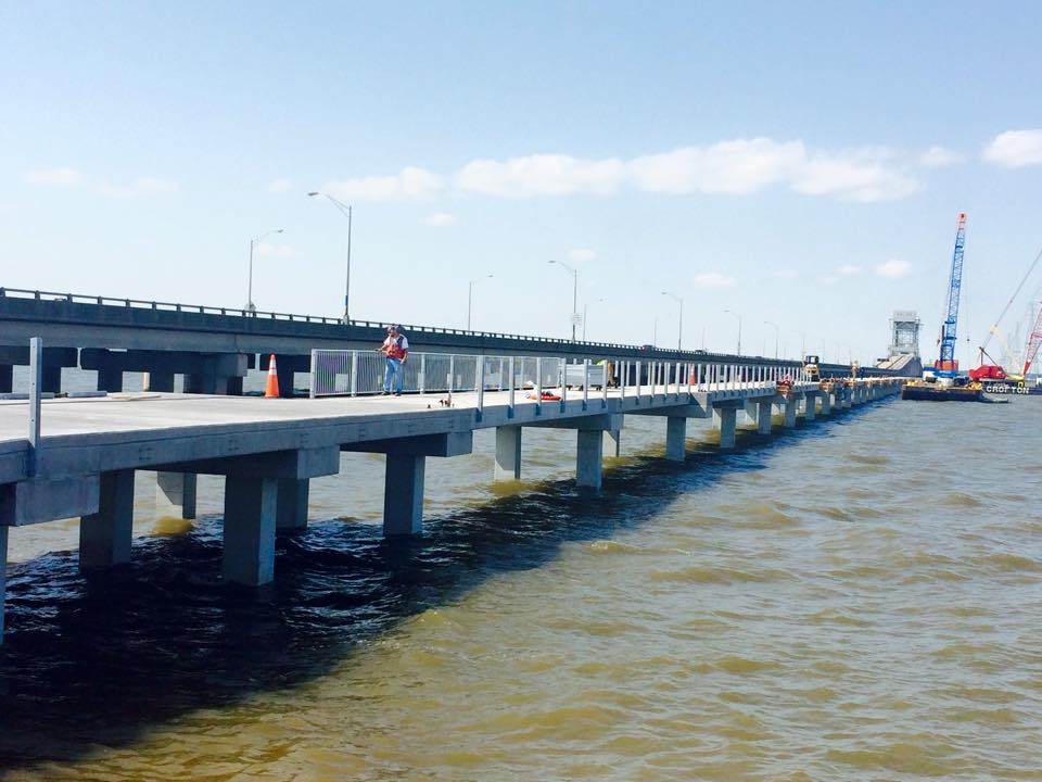 James river fishing pier reopens in newport news hrscene for Newport pier fishing