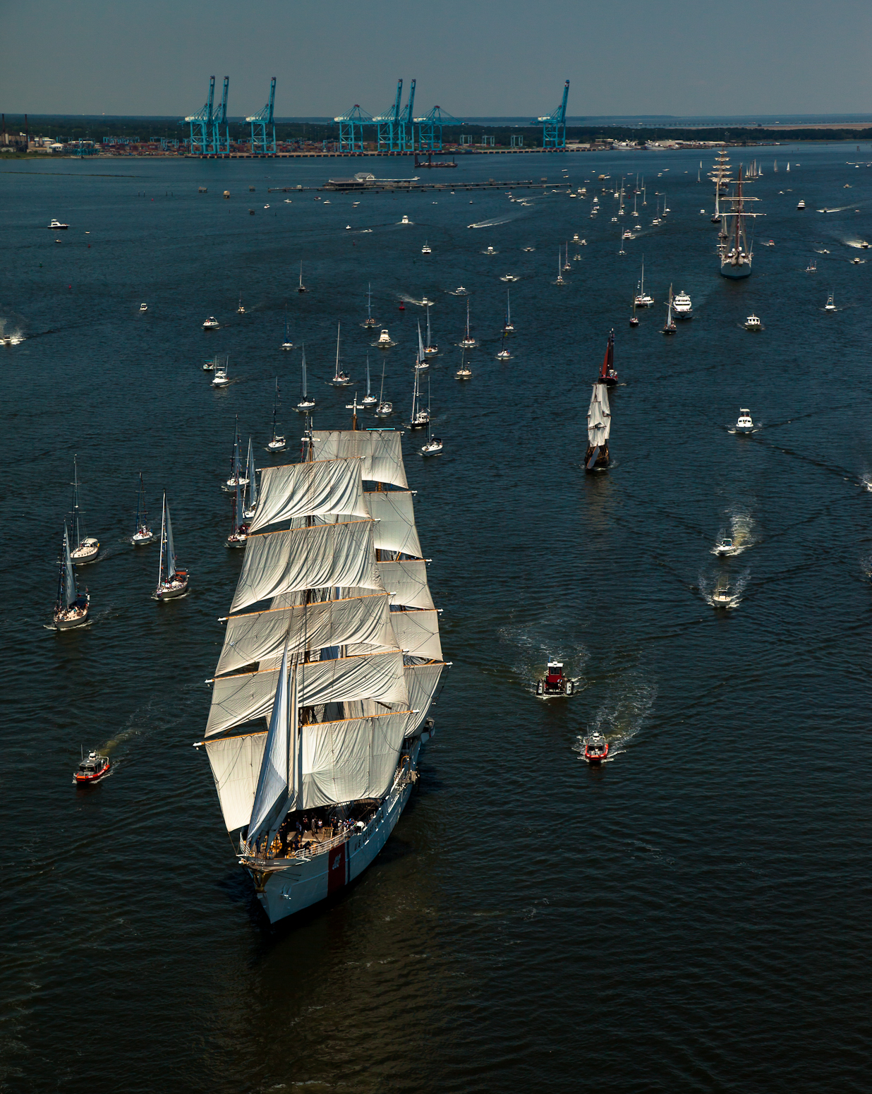 Norfolk 2015 harborfest parade of sail visiting ships for Craft shows in hampton roads