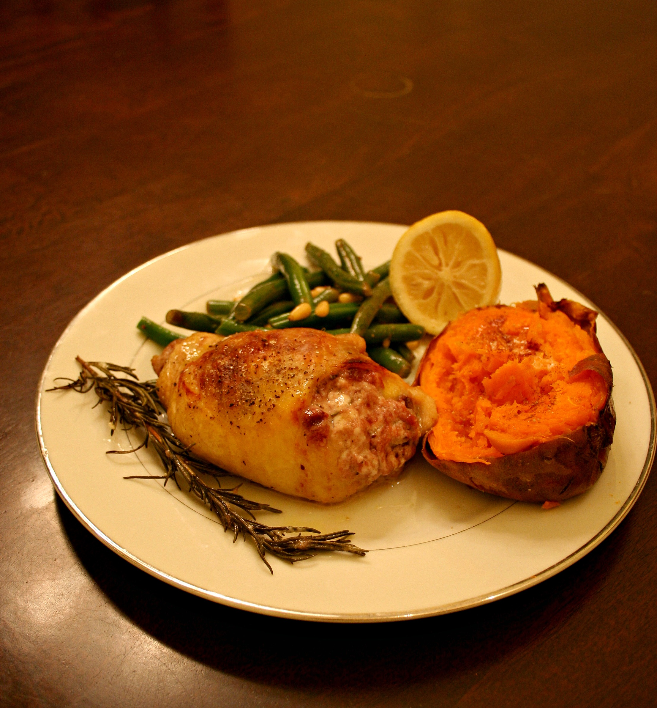 Recipe: Rosemary Goat Cheese & Cranberry Chicken Thighs ...