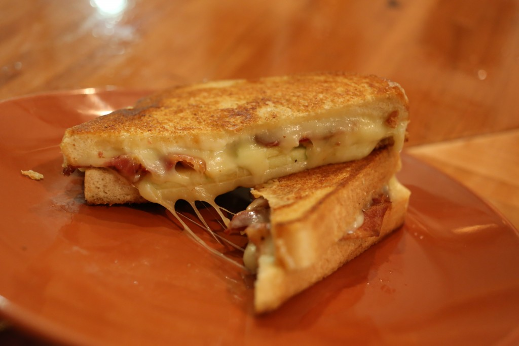 The Grilled Cheese Bistro Johnny Appleseed