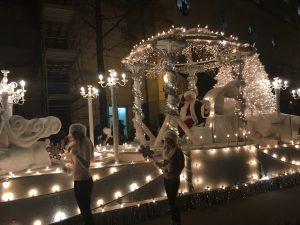 See The Lights And Celebrate The Holidays In Your City 2017 Hrscene