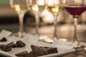 Top 5 Wines to Pair w/Chocolate