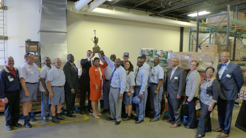 Food Lion Donates 10000 Meals To Norfolk Food Bank Hrscene